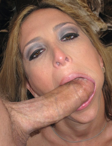 load-my-mouth-savanah-sucking-and-swallowing